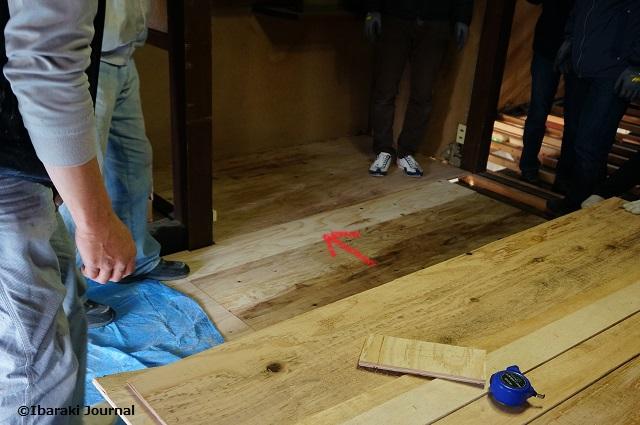 床材すきま埋め完了DSC01605