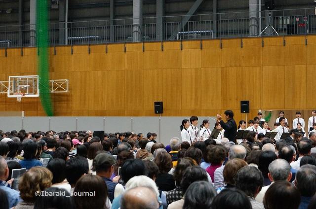 0328佐渡さんコンサートふるさと左側DSC03032