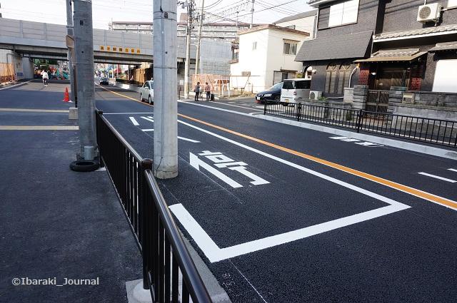 14近鉄バス新しい総持寺口バス停DSC01933