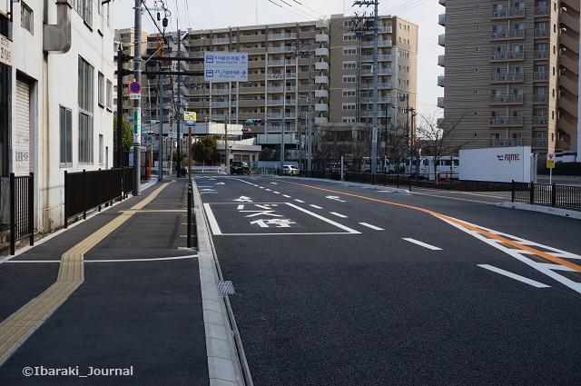21近鉄バス総持寺口阪急方面バス停DSC01948