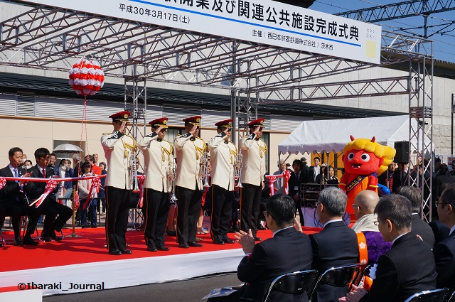 JR総持寺ファンファーレは消防隊DSC02080