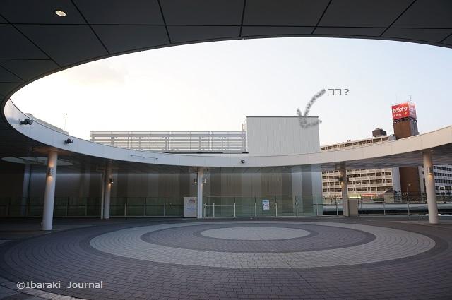 2018JR茨木駅東側からDSC01832