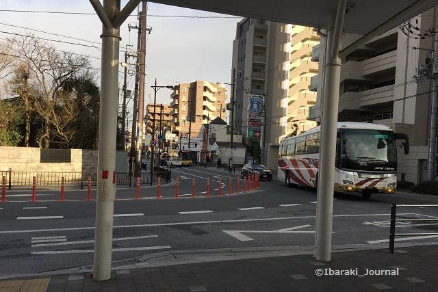 0112JR茨木関空行きバス来たIMG_0823
