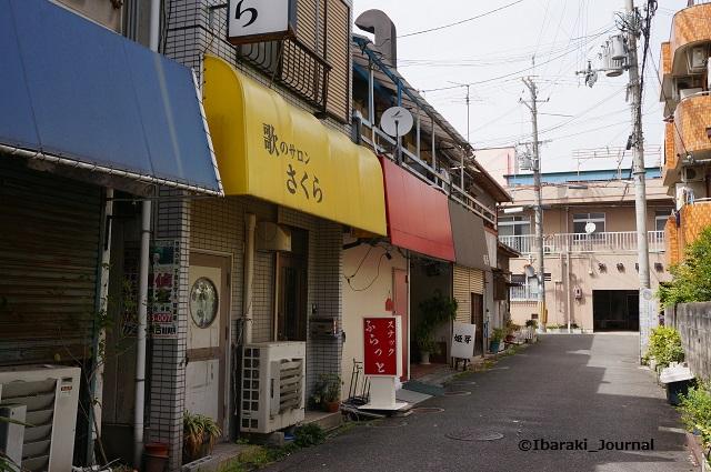 総持寺黄色いテントの店DSC03856