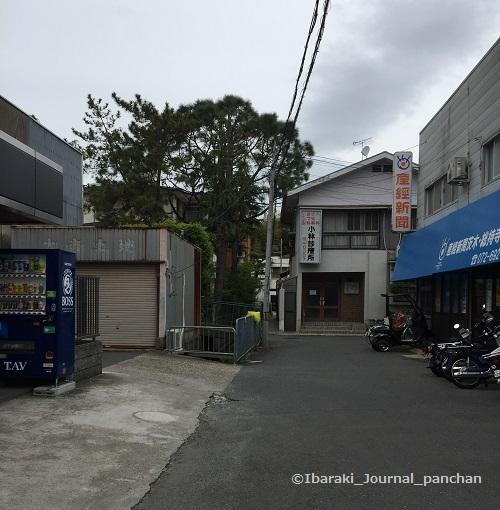 道順新聞屋さん前IMG-6877
