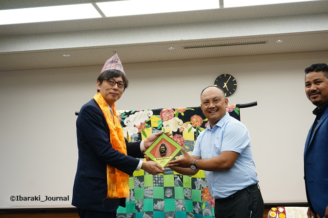 KIMONOネパールからの贈り物4DSC04895