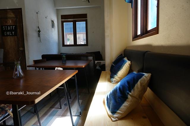 0525Dio'sカフェ背もたれはDIYDSC04654