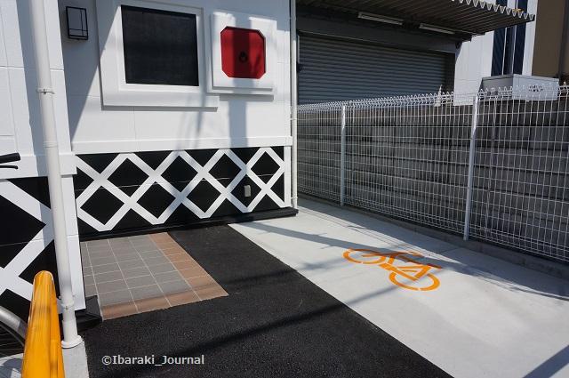 くら寿司自転車置き場DSC05028