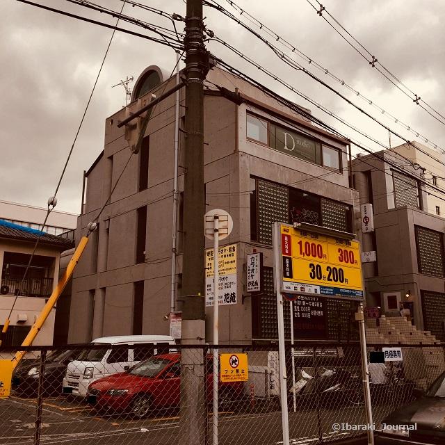 阪急の駐車場IMG_3389