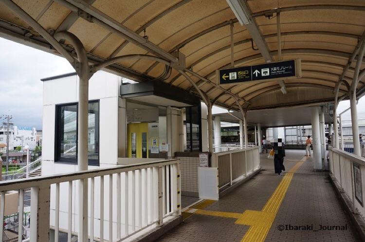 阪急西出口エレベーターは動くDSC05485