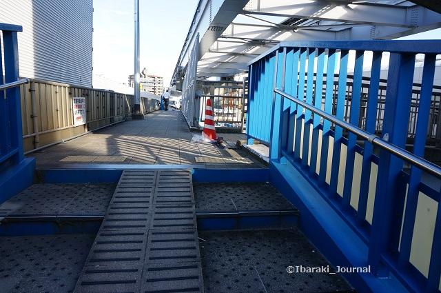 南茨木モノレール陸橋DSC05505
