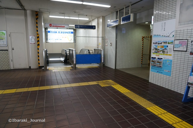 南茨木駅梅田方面へDSC05500