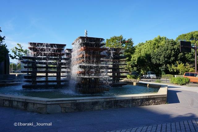 0822市民会館前噴水DSC05906