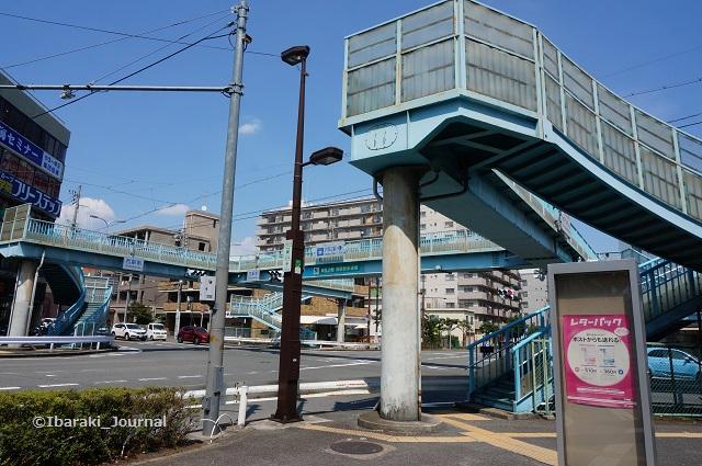 茨木郵便局そば陸橋DSC05723