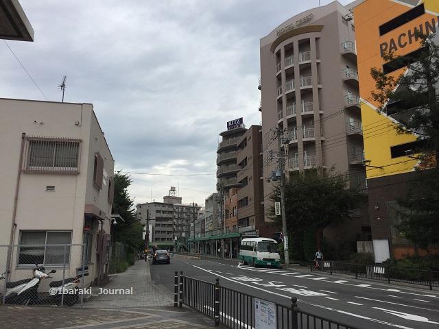 JR茨木前パチンコ屋そばに交番IMG_4428