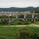 24彩都あさぎ三丁目からの橋の風景DSC06543
