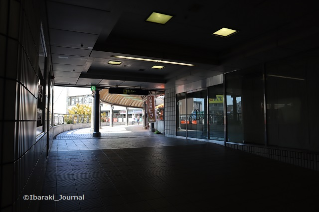 阪急の駅からたたらばさんのほうIMG_7182