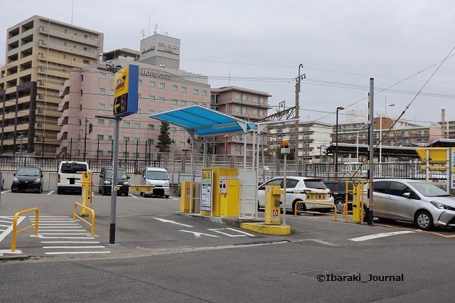タイムズ茨木駅前第6料金表IMG_8189