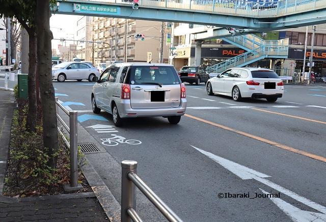 5JR茨木からエキスポロード歩道橋IMG_8481