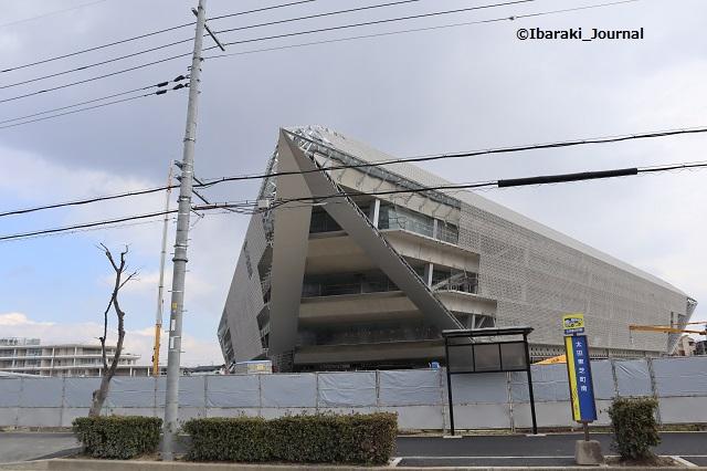 0217太田東芝町バス停追手門前IMG_8748