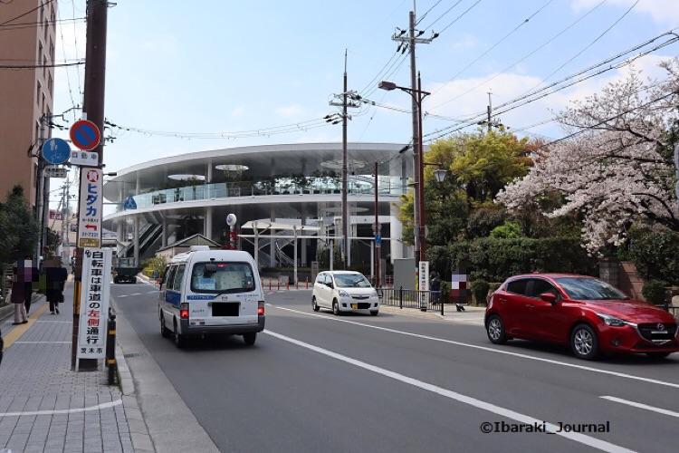 15JR茨木駅東側IMG_9405
