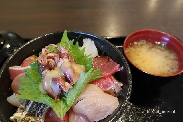 いくひさ海鮮丼2IMG_9373