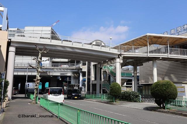 阪急南茨木駅モノレール側IMG_9382