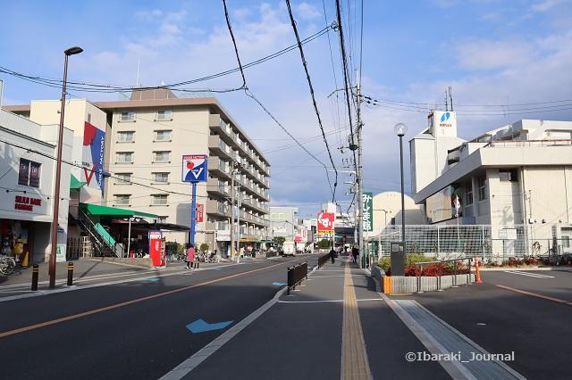 11阪急総持寺への道IMG_9282