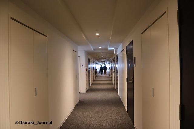 ソーシャルアパートメントうち廊下IMG_9891