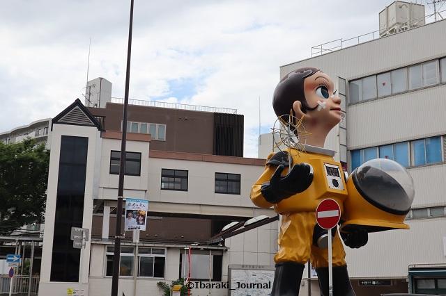 阪急南茨木駅サンチャイルドそば葬式の名人フラッグIMG_0076