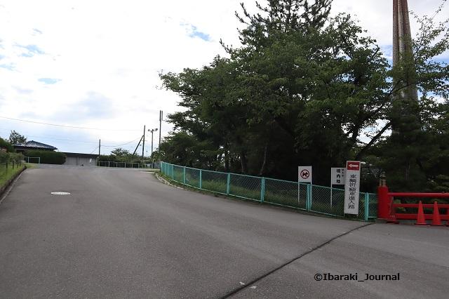 茨木辯天上の駐車場IMG_0213