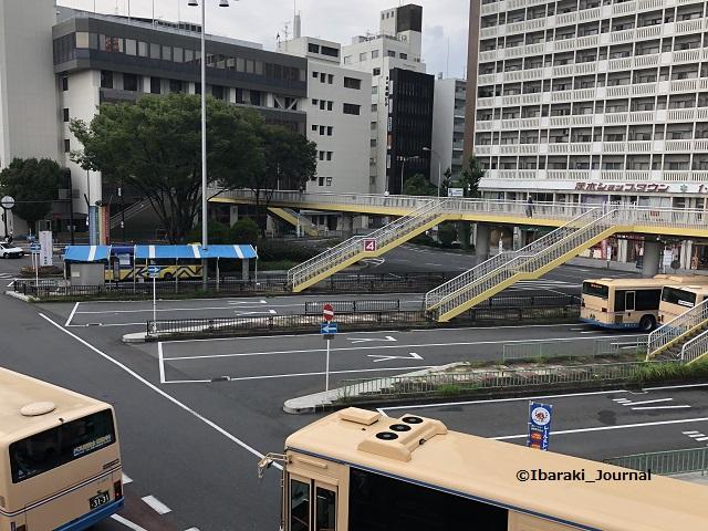 JR茨木バスロータリーIMG_8434