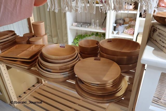 雑貨コニフェールヴェール木のお皿IMG_0337