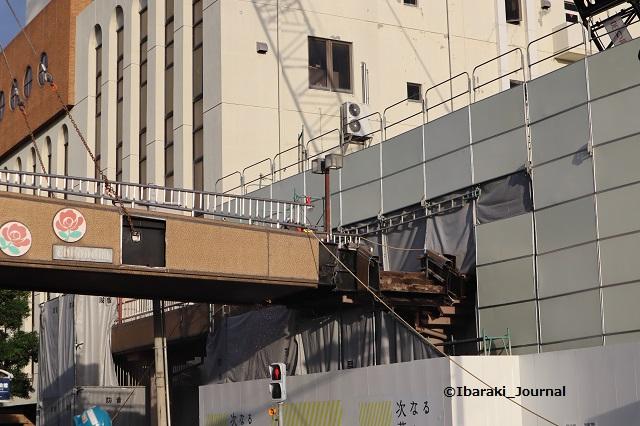 14歩道橋さいごのほう市民会館側IMG_0764