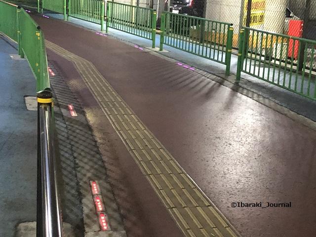 南茨木高架通路のあかりIMG_9401
