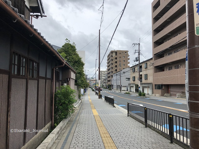 東西通り阪急のほうIMG_0014