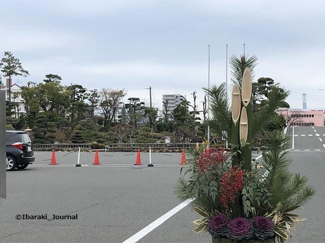 吉野工業駐車場の奥に庭園IMG_1232