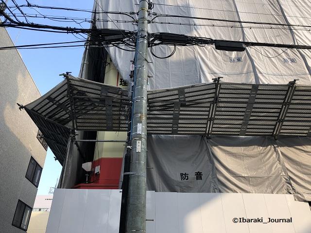 阪急のジョーシンの建物IMG_1852