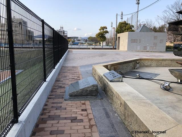 市民会館の噴水のところ2-202004IMG_3051