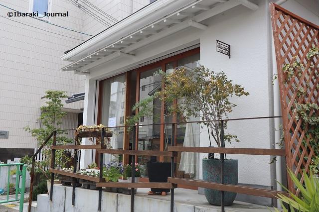 コモドキッチン外観IMG_2490