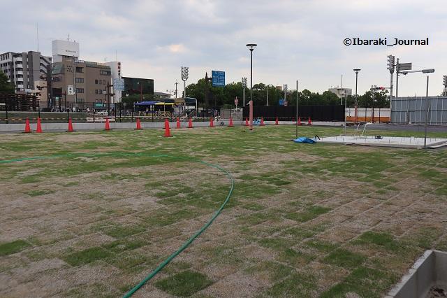 0616市民会館跡地芝生広場を奥から見たところIMG_3230