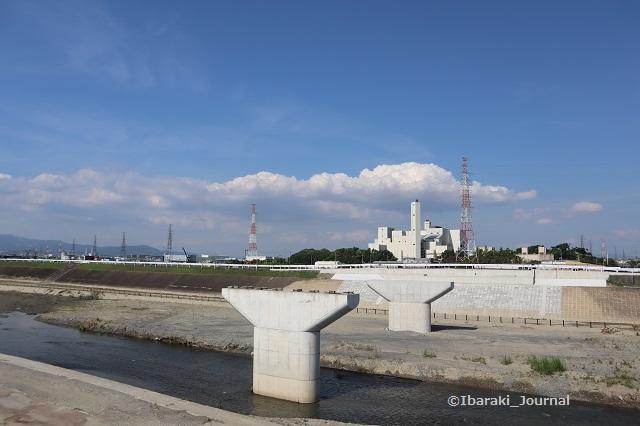 20200624あけぼの橋を南側から見るIMG_3605
