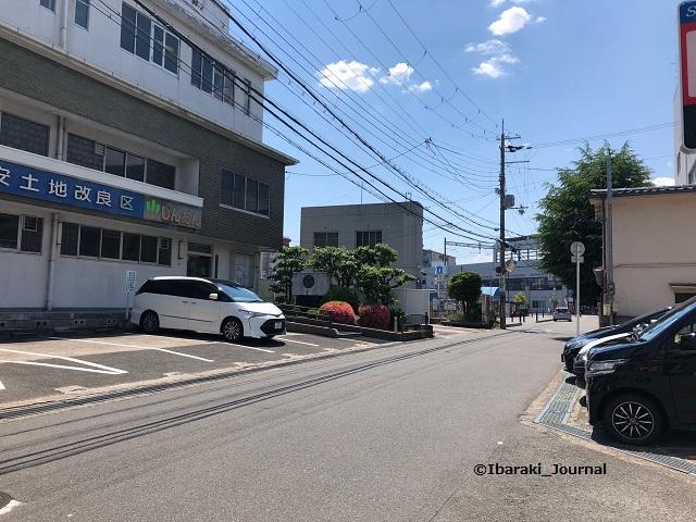 0529ドットMOXそばから阪急茨木市のほうIMG_4233