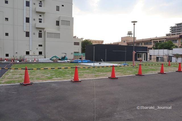 0616市民会館前芝生広場人工芝予定の場所