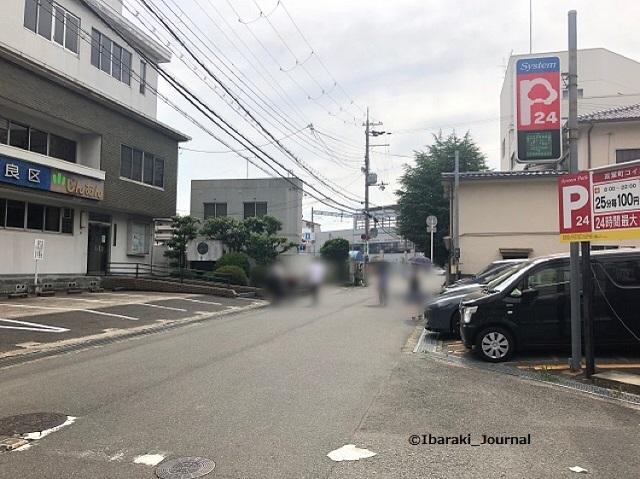 0615ドットMOXそば駐車場から阪急茨木市のほうIMG_4638