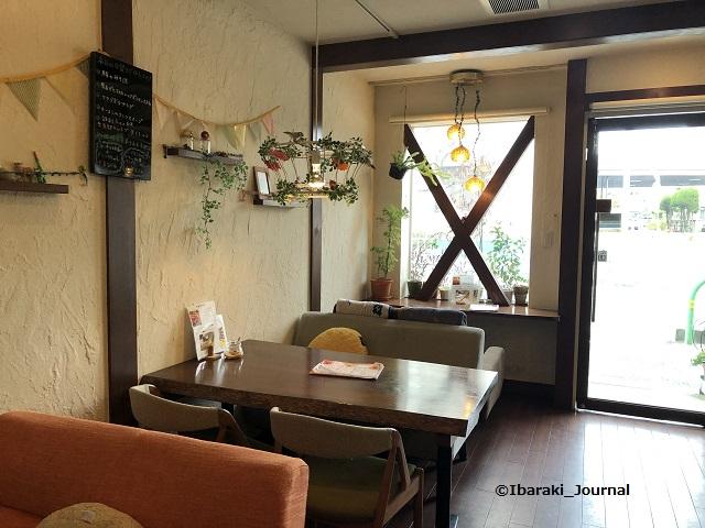 春日カフェりょく店内IMG_3028