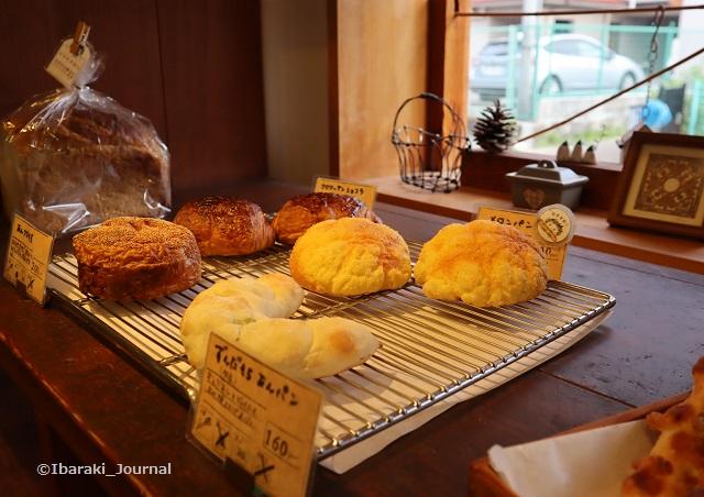 パンdejoujouのメロンパンとかIMG_3839