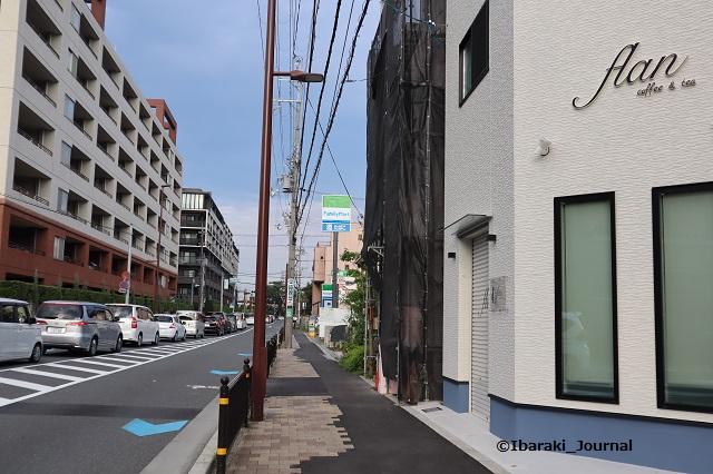 小川町のカフェ東にファミマIMG_3833