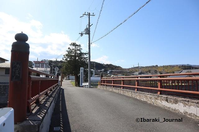 新屋坐天照神社そば宮橋の東側からIMG_2214