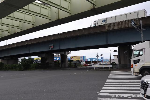 0723沢良宜駅そば高浜町西信号IMG_3970
